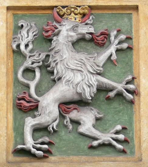 Steirischer Panther am Portal des Grazer Zeughauses (Foto: Andreas Praefcke)