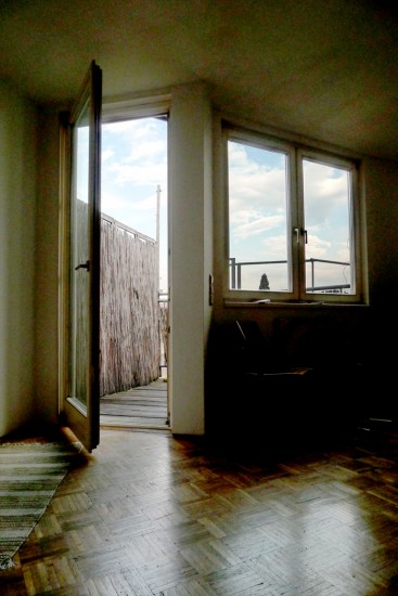 Blick auf die Balkontuere