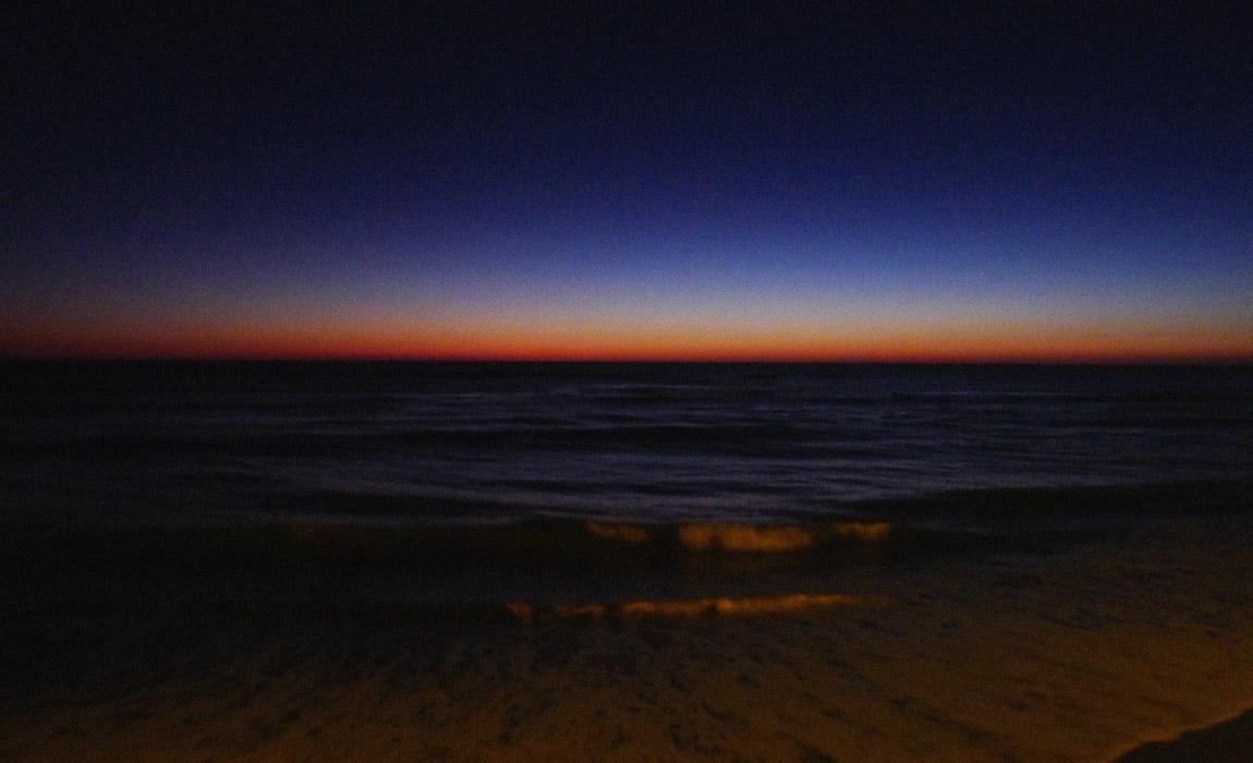 Farbenreicher Sonnenuntergang in Cadiz
