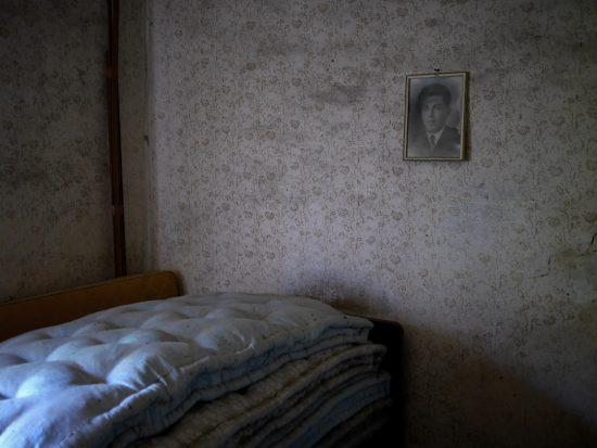 Schlafzimmer mit Porträt