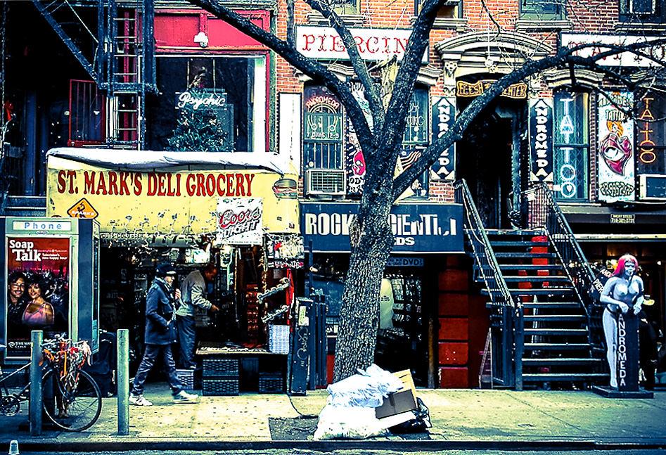 Eine Straßenszene im East Village (© John Tranter via nytravelguide.com)