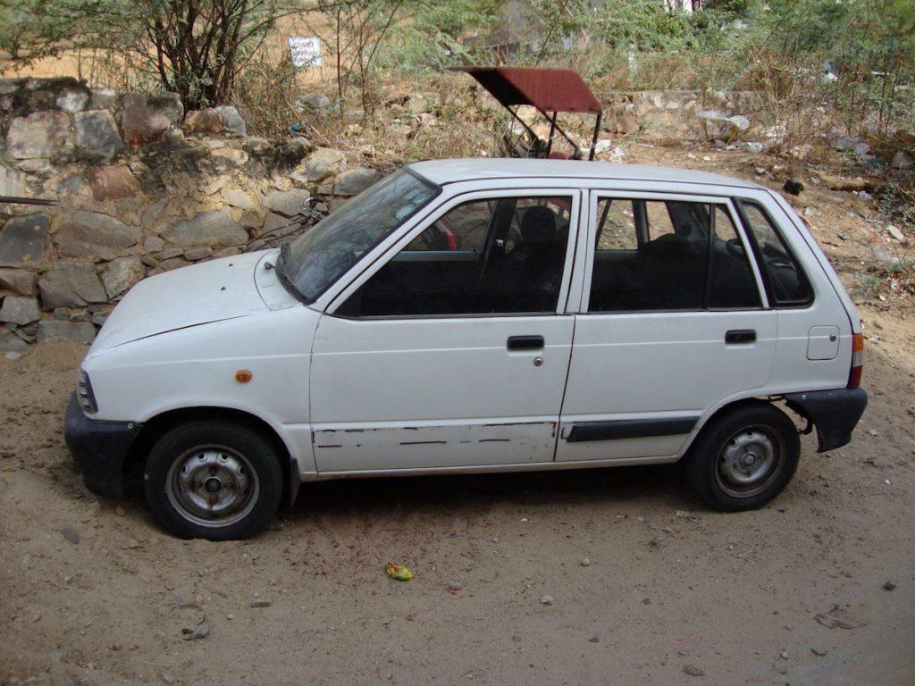Ein Maruti 800, wie John ihn fuhr (via willylogan.com)