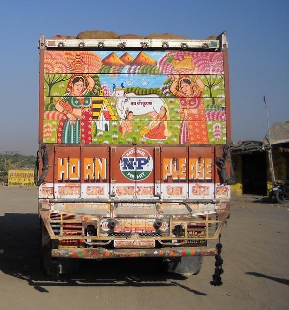 Ein indischer LKW (via pagewizz.com)